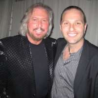 Barry_Gibb_Guy_Bavli