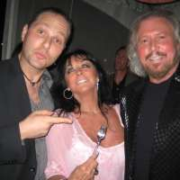 Guy_Bavli_Barry_and_Linda_Gibb
